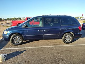 05 Chrysler Town and Country Limited for Sale in Scottsdale, AZ