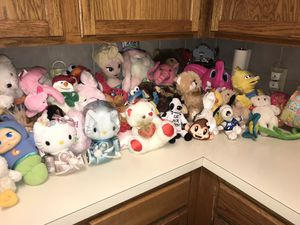 Lot of Stuffed animals / Hello Kitty Swim Suit for Sale in Cedar Hill, TX