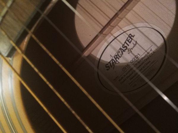 Starcaster fender guitar