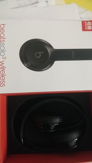 Beats solo3 wireless for Sale in Las Vegas, NV