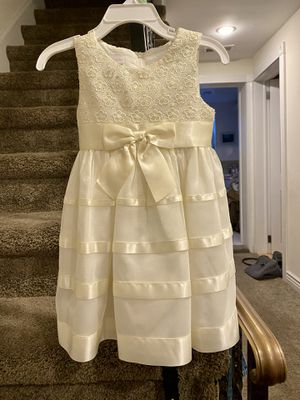 Flower Girl Dress Fancy/Party Dress 18 months. for Sale in Philadelphia, PA