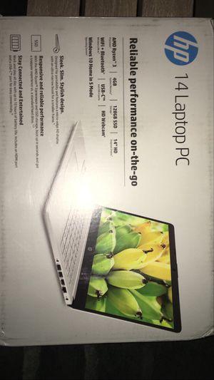 "HP 14"" Ryzen 3 4GB/128GB laptop- silver for Sale in Midland, TX"