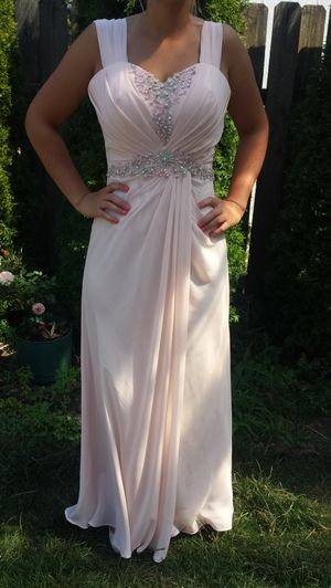 Beautiful Dress size M- adjustable!! for Sale in Camas, WA