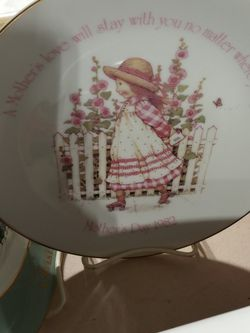 Collector Plate With Stand for Sale in Middleburg Heights,  OH