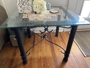 Coffee table & 2 end tables for Sale in Bel Air North, MD