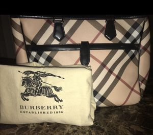 Burberry diaper bag for Sale in Oxon Hill, MD