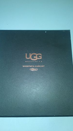 UGGS sheepskin care kit for Sale in Dolton, IL