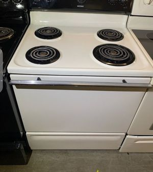 Delivery Available Hot Point Electric Stove Oven Black White for Sale in Alexandria, VA