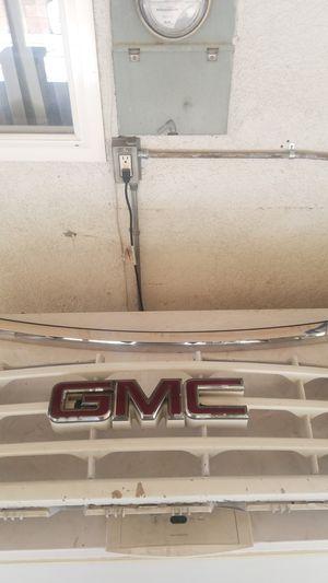 GMC grill for Sale in Riverside, CA