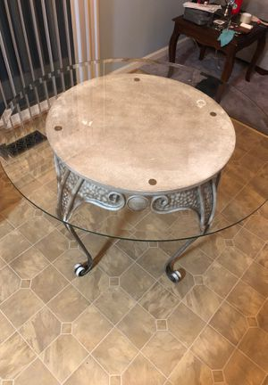 Resin glass table for Sale in Laurel, MD
