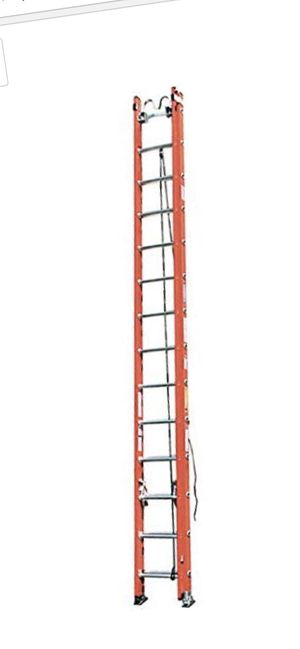 Werner fiberglass 28ft extension ladder with cable hooks (used) for Sale in Chicago, IL