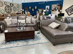 $39 DOWN❗BEST Deal 🛬 Malacara Quarry Leather Living Room Set for Sale in Jessup, MD