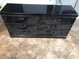 Black Dresser for Sale in Ceres, CA