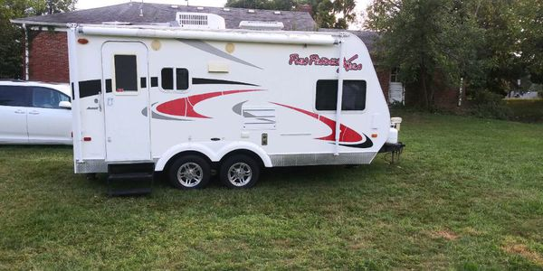 2009 fun finder toy hauler