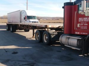 2005 flat bed trailer for Sale in Council Bluffs, IA