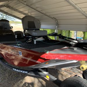 2019 Tracker Bass Boat for Sale in San Antonio, TX