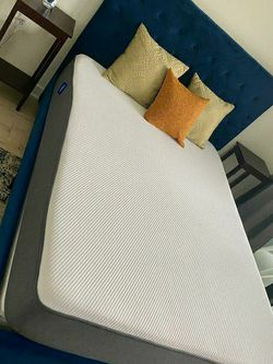 Casper Mattress (Queen) OBO for Sale in Washington,  DC