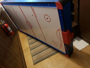 Air hockey table for Sale in Fall River, MA