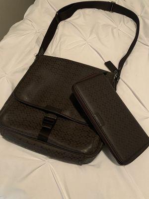 Coach Messenger Bag with Portfolio Wallet for Sale in Dallas, TX