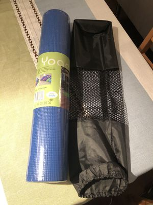 Brand-new!!! Thick Yoga Mat 6mm Fitness & Exercise with carry bag 173×61cm for Sale in Miami, FL