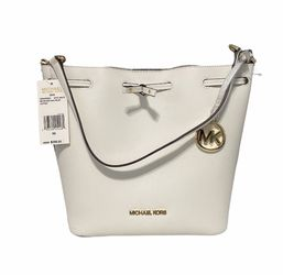 MICHAEL KORS SHOULDER BUCKET BAG for Sale in Morton Grove,  IL