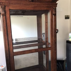 Show Case for Sale in Herndon, VA