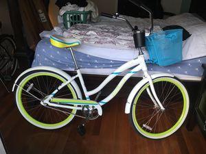 Bike, Beach Cruiser, aluminum frame, Like New !!! for Sale in San Diego, CA