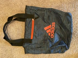 Adidas duffle bag for Sale in Hampton, VA