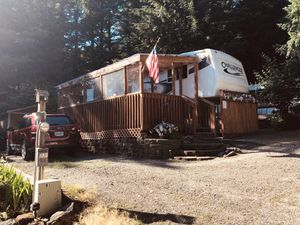 LOT and 34 Ft 5th Wheel Trailer with Enclosed Deck for Sale in Washougal, WA