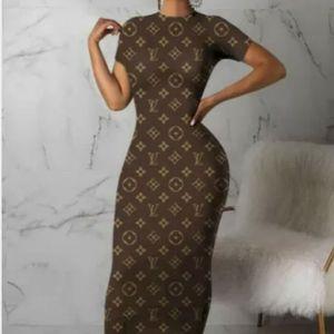 Dress Size M, 2XL for Sale in Jonesboro, GA