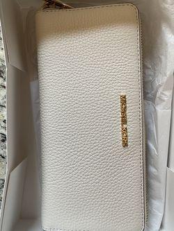 Michael Kors Wallet for Sale in Boston,  MA