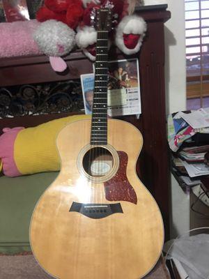 Acoustic Taylor model 214 with Taylor bag (original) for Sale in Las Vegas, NV