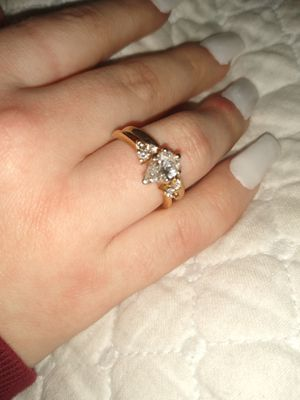 Diamond pear shape yellow gold engagement with band for Sale in Carver, MA