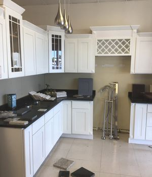 Shaker white cabinets for Sale in Holiday, FL