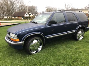 2001 Chevy blazer for Sale in Chicago Heights, IL