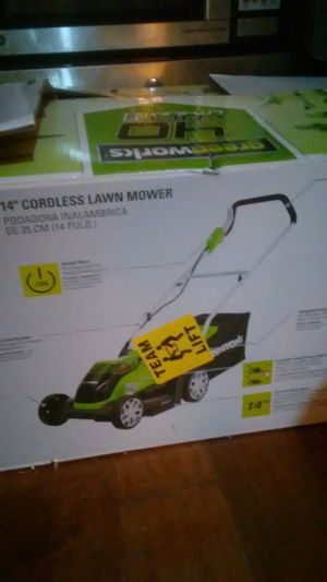 Greenworks cordless electric lawn mower for Sale in Las Vegas, NV