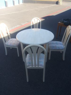 Kitchen table for Sale in Battle Ground, WA