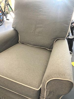 Pottery Barn Grand Slipcovered Comfort Swivel Chair Glider and Ottoman for Sale in Laguna Beach, CA