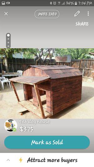 Custom made dog houses for Sale in Dinuba, CA