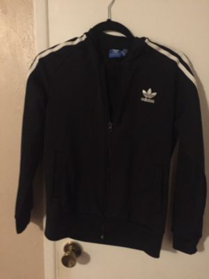 Adidas sweater size 13-14YL for Sale in Spring Valley, CA