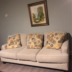 Couch Chairs and Small Futon. Flat Rate $350 For All Pieces for Sale in Acworth,  GA