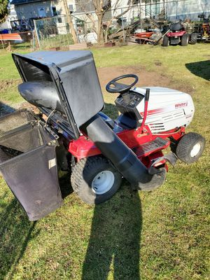 White outdoor lawn tractor lt 1300 cruisematic for Sale in West Warwick, RI