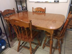 Dining table and chairs for Sale in Sacramento, CA