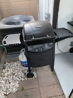 BBQ Grill - Char Broil for Sale in Long Beach, CA