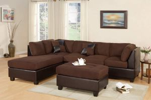 BROWN PLUSH MICROFIBER SECTIONAL SOFA REVERSIBLE CHAISE + OTTOMAN for Sale in Riverside, CA