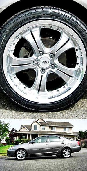 $600 Toyota Camry for Sale in Leesburg, VA