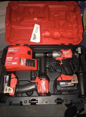 New milwaukee fuel drill set for Sale in Kissimmee, FL
