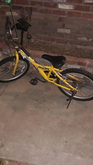 "Giant mountain bike YJ251 20"" for Sale in Industry, CA"