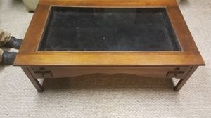 Curio coffee table for Sale in Pittsburgh, PA