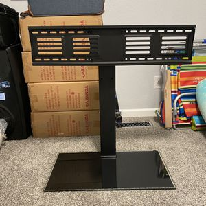 Like New Tabletop TV Stand with Mount for 50 to 85 inch Flat Screen TV 100 Degree Swivel for Sale in Kent, WA
